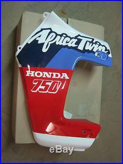 Flanc carénage gauche Honda XRV 750 Africa twin RD04 64230-MV1-000ZH PANEL NEW